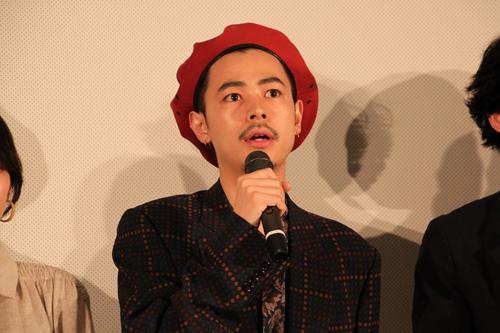 8 「本当にこの日を迎えられて幸せに思っています」と喜ぶ成田凌さん
